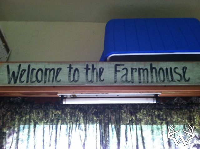 welcometofarmhouse.jpg